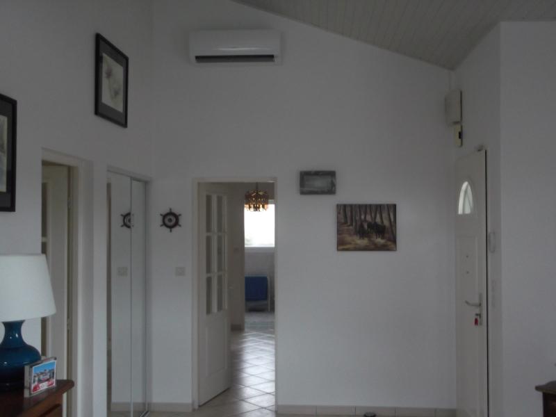 Installateur climatisation s jour avec split mural hitachi for Appareil de climatisation maison