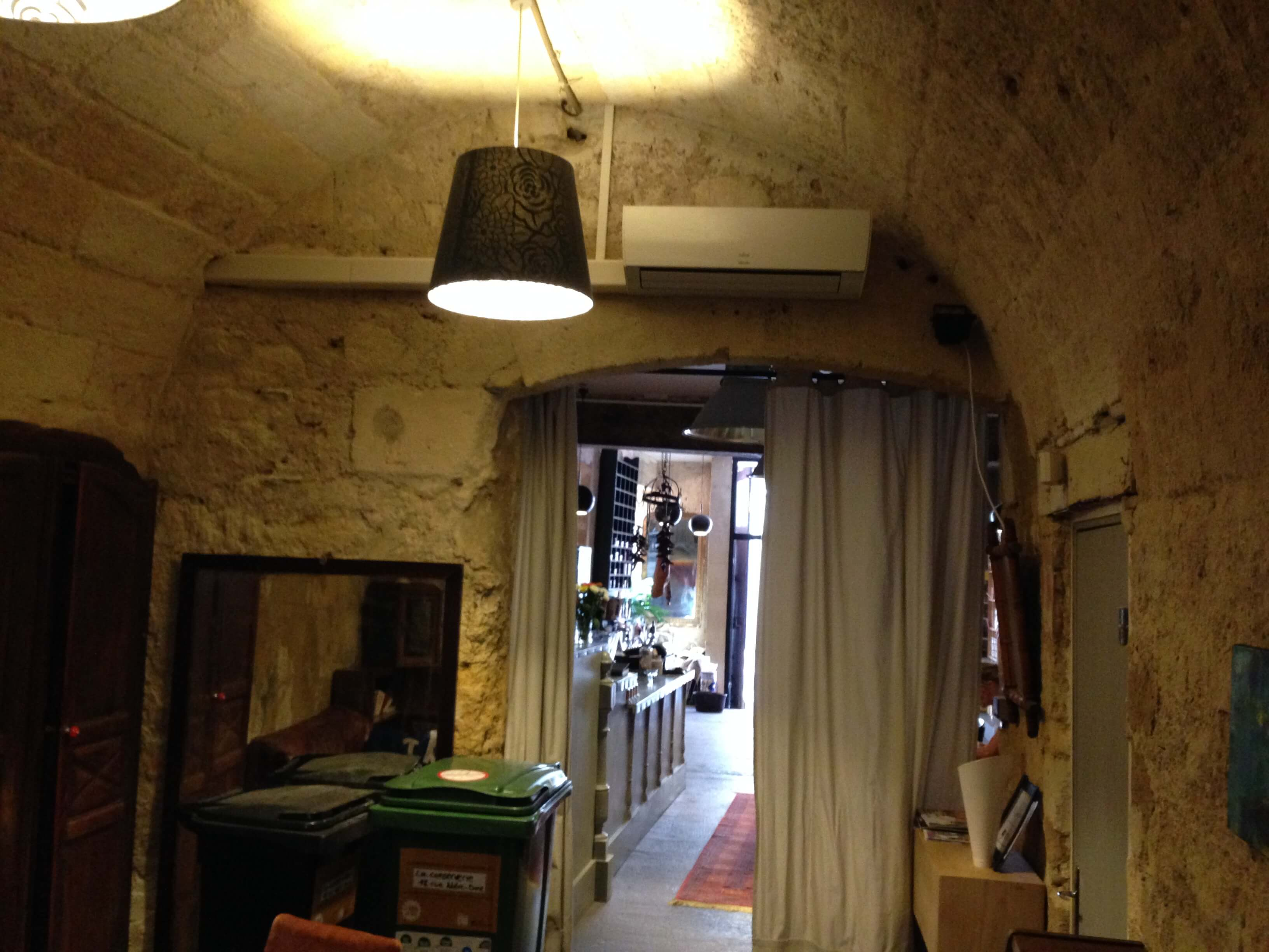 split climatisation atlantic restaurant bordeaux chartrons. Black Bedroom Furniture Sets. Home Design Ideas